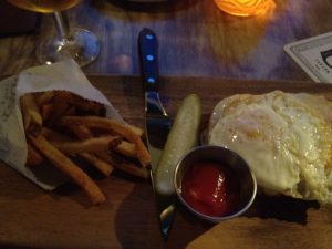 This croque madame got into my belleh at Outpost this past weekend. They have happy hour all weekend.