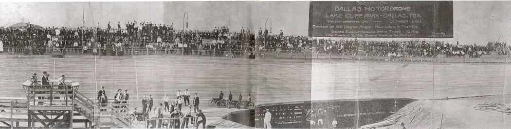 A panorama from Oct. 13, 1912 shows part of the quarter-mile motordrome at Lake Cliff Park. Note the steeply banked walls and rows of spectators. (Photos courtesy of the Texas/Dallas History and archives division, Dallas Public Library)