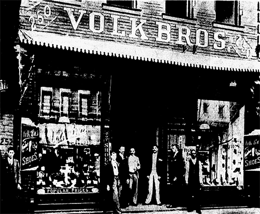 The Volk Brothers' original 25-foot storefront on Elm Street, which opened in 1890. (Photo courtesy of the Texas/Dallas history and archives division, Dallas Public Library and the Dallas Morning News historical archives)