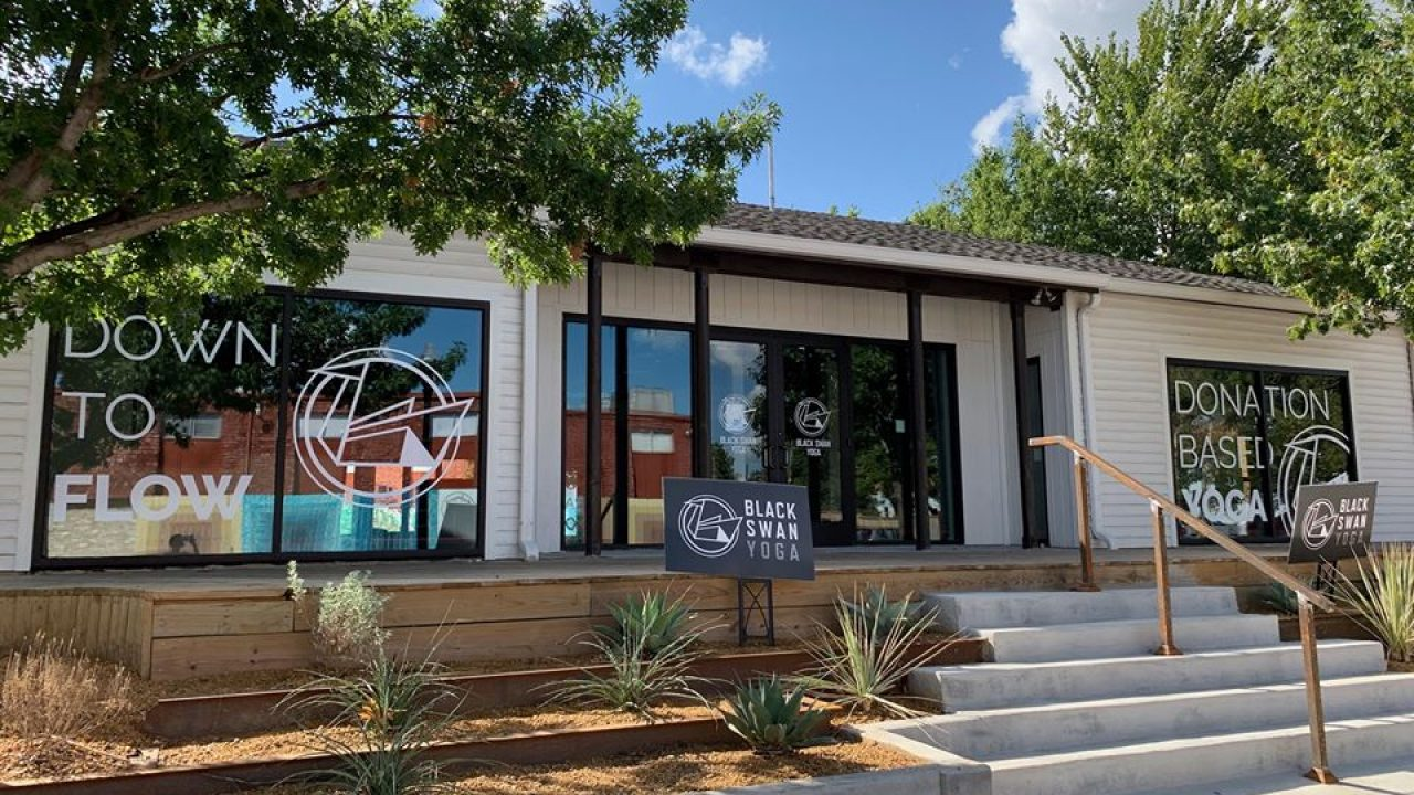 Black Swan Yoga Trompo Grand Opening Cranksgiving And More This Weekend Oak Cliff