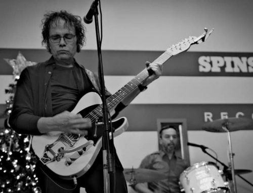 Tom Battles, known for his framing shop and punk-rock prowess, dies at age 59